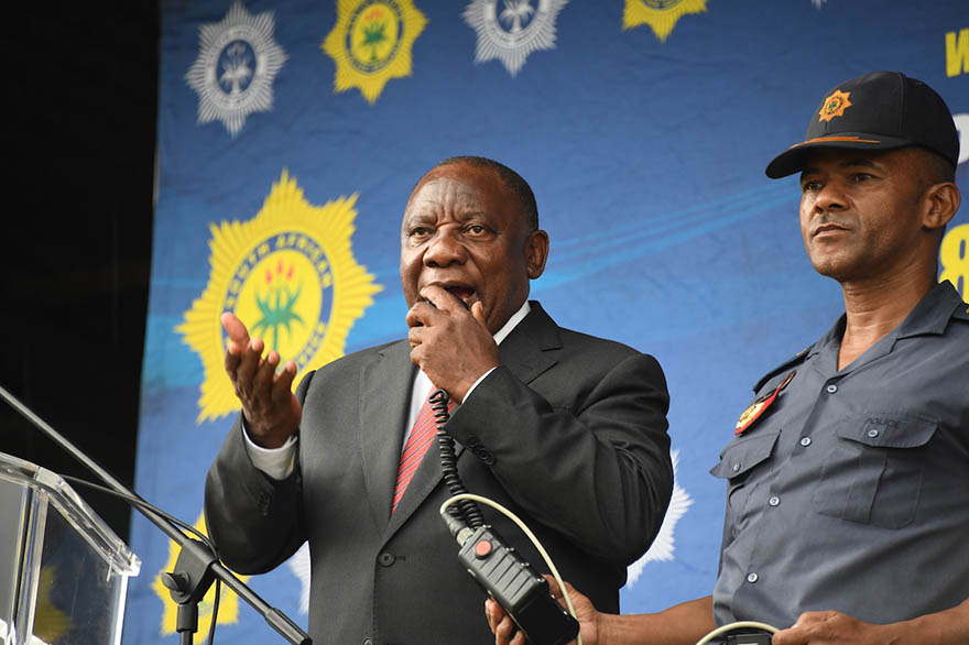 President Cyril Ramaphosa delivering well wishes to the South African Police Services ahead of the national lockdown