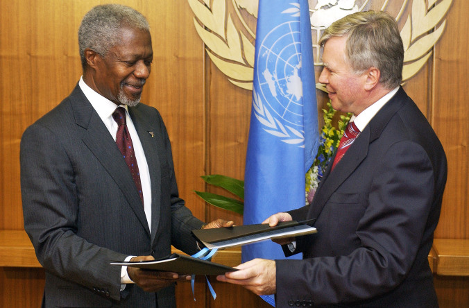 Kofi Annan and Philippe Kirsch